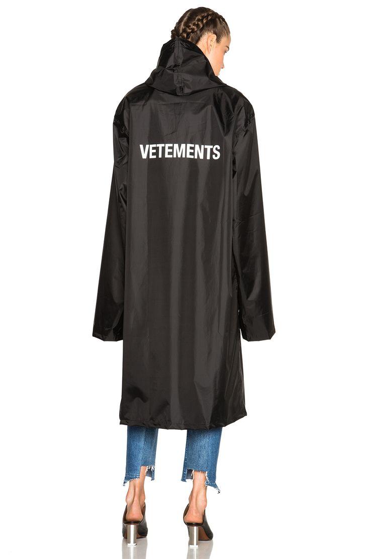 VETEMENTS Rain Coat in Black