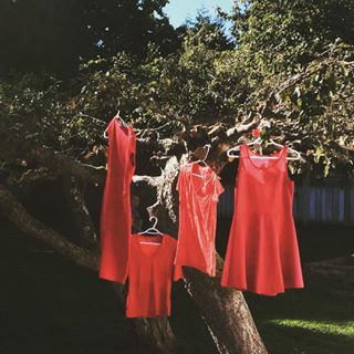 People were asked to hang a red dress for 24 hours in honour of those who've been lost. | These Red Dresses Are A Haunting Reminder Of Missing And Murdered Indigenous Women