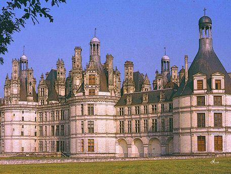 'Schloss Chambord an der Loire' von Dirk h. Wendt bei artflakes.com als Poster oder Kunstdruck $18.03