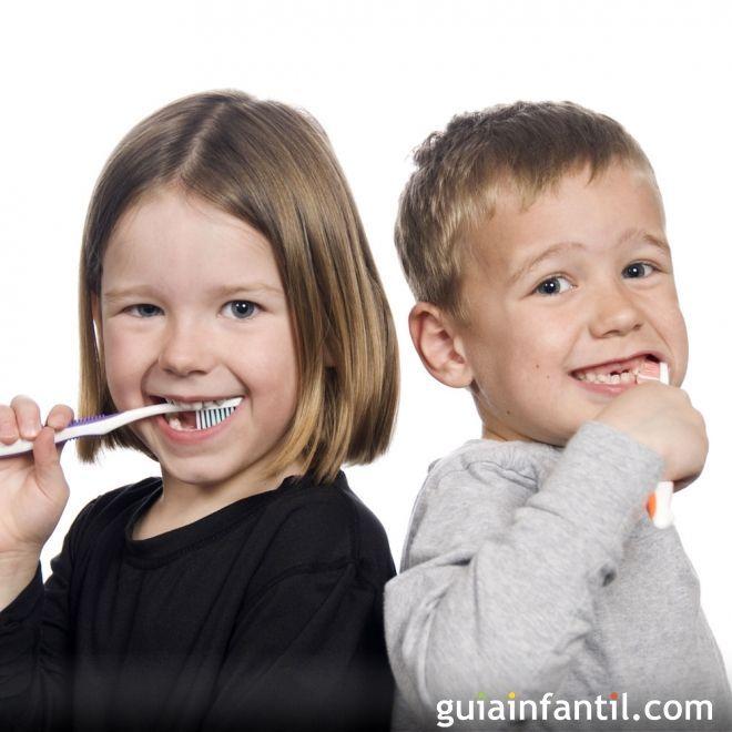 Higiene Dental En Los Niños Salud Dental Dental Limpiar Dientes