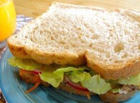 sanduíche de atum cremoso