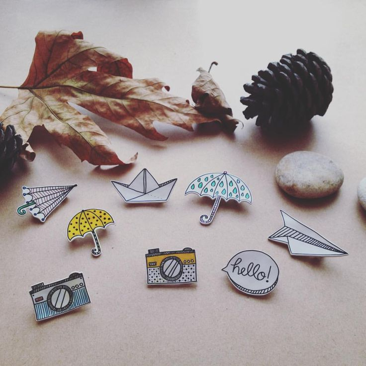 ☔️Kleo'da sonbaharautumn winds #kleodesign #brooch #handmade #badge #pin #rozet #art #craft #design #handcrafted #handrawing #autumn #fall #inspiration #umbrella #gift #elyapımı #papership #papercraft #shrinkplastic #shrinkplasticjewelry #drawing #accesory #gününaksesuarı #illustration