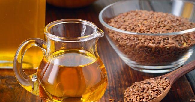 Olio di semi di lino, una miniera di Omega 3 e 6