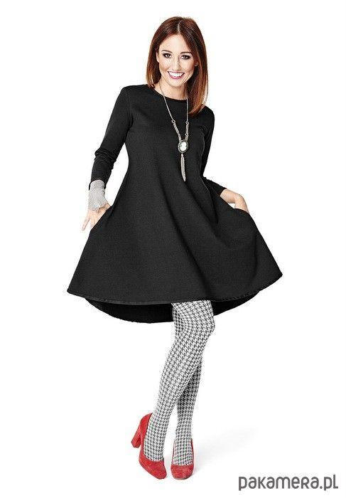 sukienki-Dresowa sukienka klosz z kieszeniami czarna
