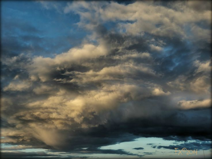 Clouds after thunderstorm near Amsterdam [9may2014]