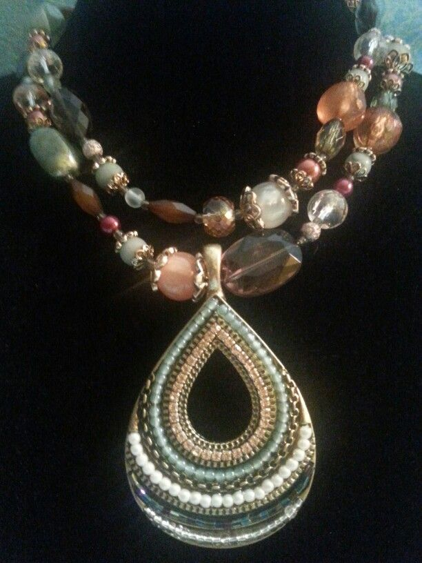 Premier Designs: Shades of Chic neclace with Pattern Play enhancer