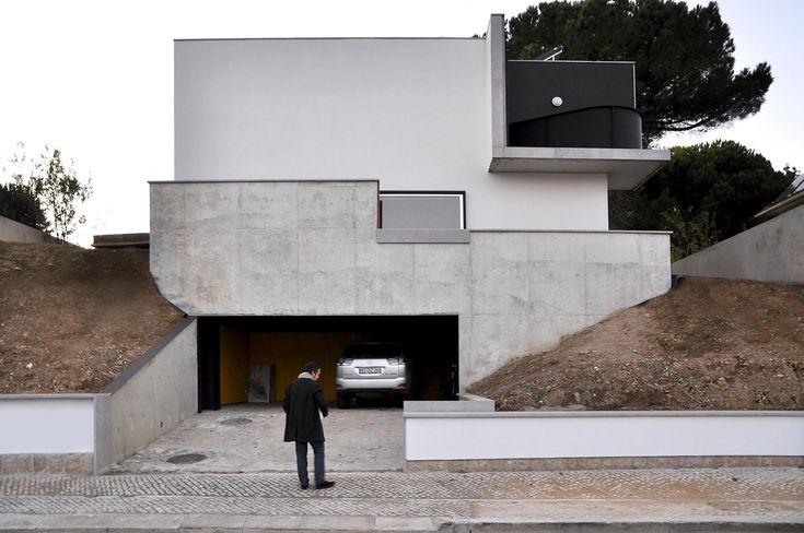 Recuperação de Casa em Oeiras / Ventura Trindade Arquitectos
