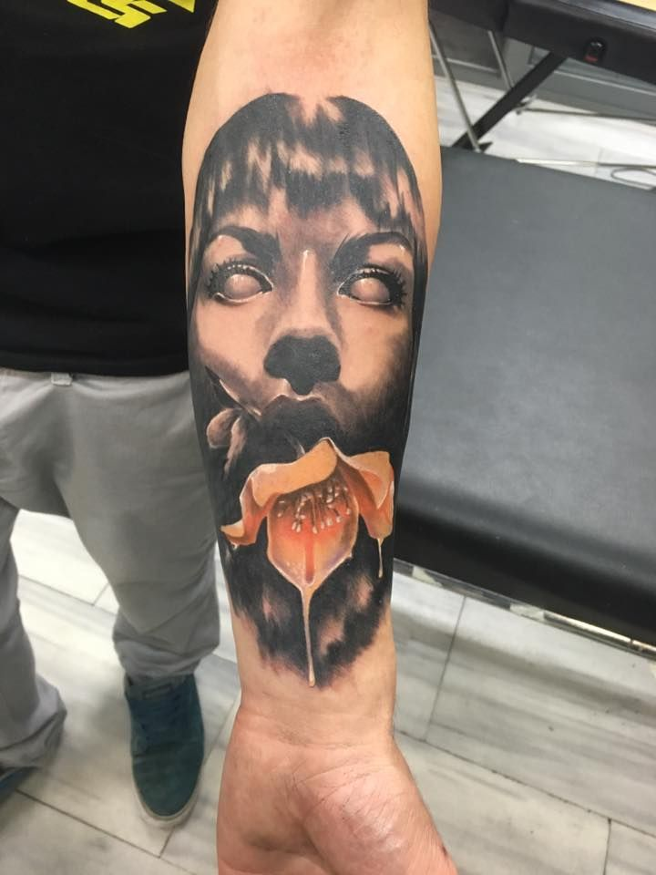 realistic black and grey tattoo by SKERYONE