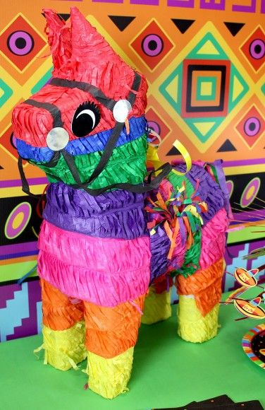 No Mexican fiesta would be complete without a colourful donkey piñata! Perfect for a Cinco de Mayo or Day of the Dead party theme.