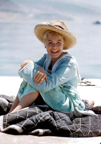 Sandra Dee - she looks so happy.  :)