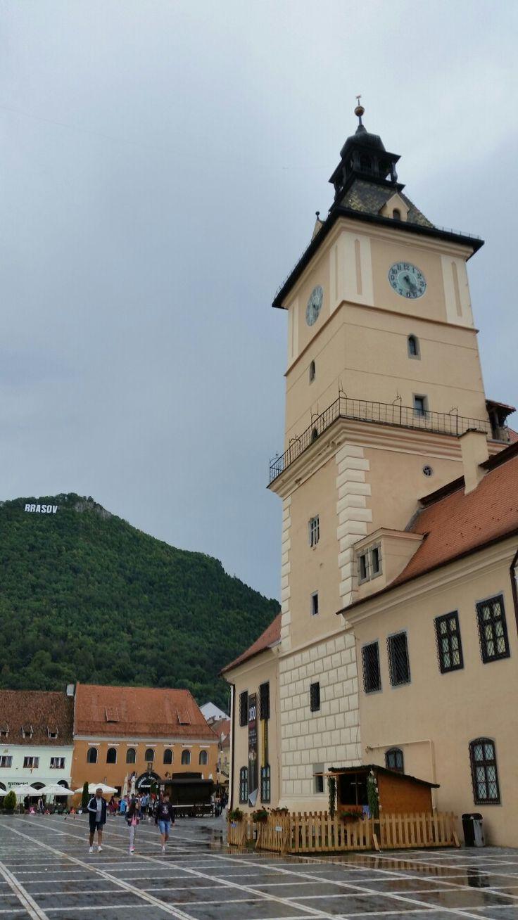 """Closer view of """"Turnul Sfatului"""" in Brasov city center - Romania #trivo, #romania, #brasov"""