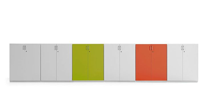 http://spacio.es/mobiliariodeoficina/archivosoficinas/armarios-de-metal/  Armarios metálicos de alta calidad y diferentes colores.