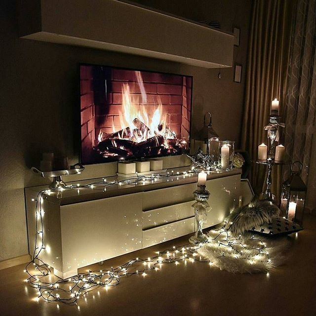 Who says Christmas Lights only have to go the tree. This style is cozy and Chic and perfect for the holidays.