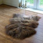 sheepskin slippers - http://www.sheepskinworld.co.uk/