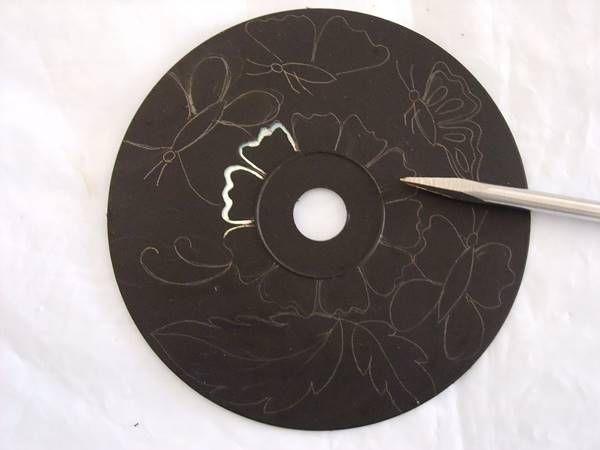 Creative Ideas - DIY Wall Art From Old CDs 3