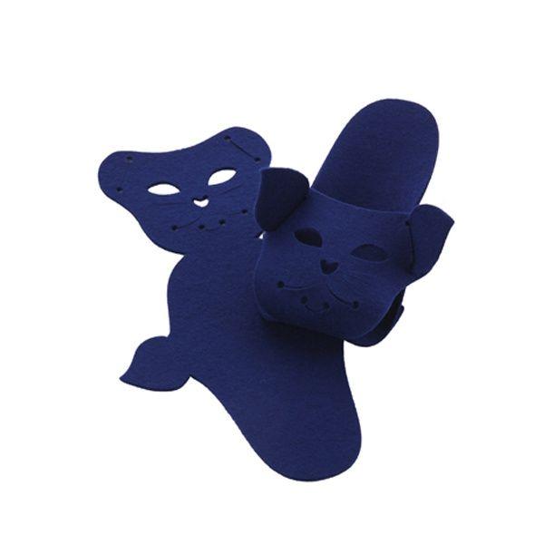 http://designersko.pl/boogiedesign-kapcie-filcowe-puppets-cat - Składane kapcie z naturalnego, wełnianego filcu (100% wełny) z pyszczkiem kota.  #design #dizajn #cat #cats
