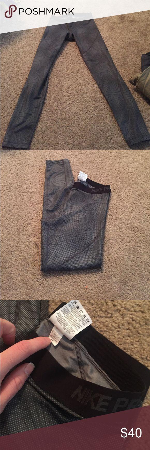 Nike pro women's leggings Worn once! Excellent condition Nike pro hyper warm leggings! Nike Pants Leggings