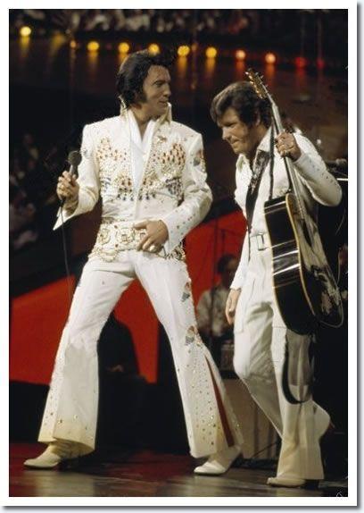 January 14, 1973 :'Aloha from Hawaii' : Elvis Presley and Charlie Hodge.