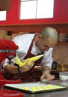 Adriano Zumbo - how to macarons