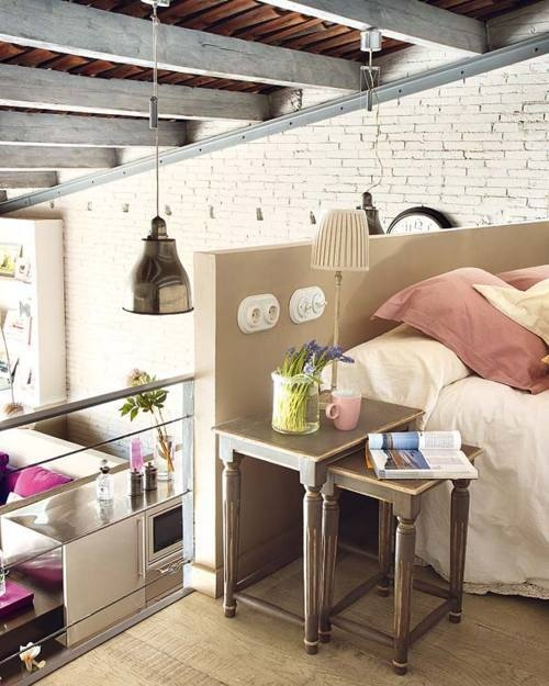 I would love to have loft type living like this...