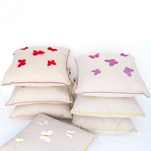 #carillopin http://www.carillobiancheria.it/cuscino-arredo-casa-divano-letto-50x50-cm-dis-farfalle-sfoderabile-h978-15225.html