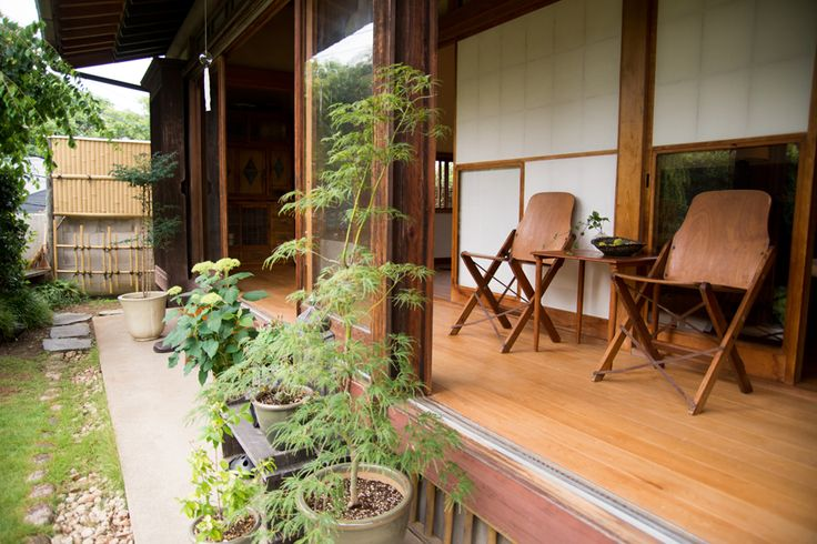 """""""Family lead a relaxed, living a porch"""" / INTERVIEWS / LIFECYCLING-IDEE-Nao Ogawa's Takahiro Koike's"""