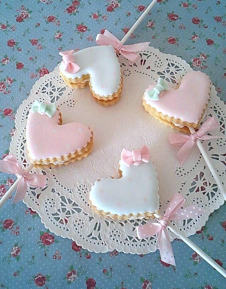 Sweet heart lollipop cookies #valentines #day #treat