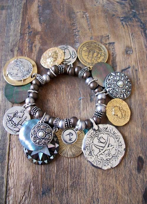 71 best bijoux reminiscence images on pinterest fantasy for Reminiscence bijoux