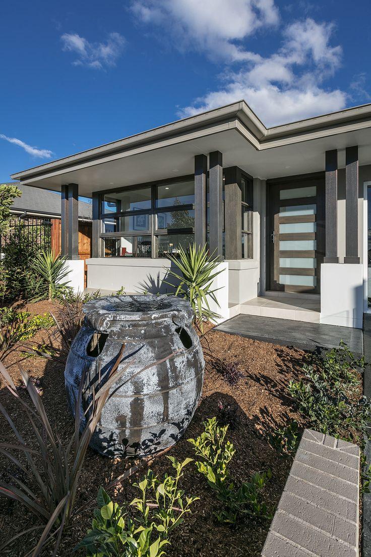 The Oak - Entry   http://www.newlivinghomes.com.au/display-homes/ #newlivinghomes #inspiration #design #home