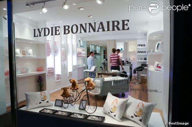 17 best images about vaisselle en verre de nathalie dubowsky france on pinterest patrick o. Black Bedroom Furniture Sets. Home Design Ideas