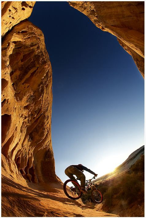 MTB! - get your downhill gear at http://downhill.cybermarket24.com