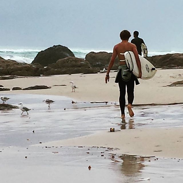Feel-good fix. . .  Gold Coast on a balmy, stormy day... perfect water temp - refreshing 💙⚡🌊 #goldcoast #summer #ocean #hd #feelgood #inspire #eastcoast #beachbum #picoftheday #tropical #travel #cool #beautiful #swimming #motivation #followyourbliss #salty #saltwater #paradise #surfersparadise #kirrabeach #surfer #storms #lovelife #appreciation #australia