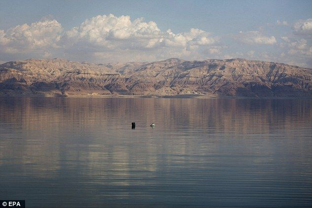The water level of the Red Sea is dropping by an average of one meter per year. It is bein...