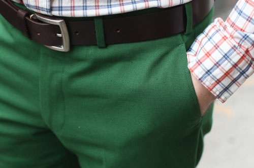 Double Luxury: Colors Pants, Colors Combos, Fashion Clothing, Emeralds Green, Men Style, Men Fashion, Green Pants, Bold Colors, Green Trousers
