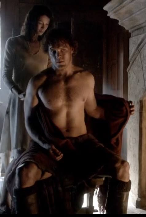 Stay focused, Claire... haha <-- Hey, I wouldn't be able to stay focused with Jamie Fraser sitting shirtless right in front of me.