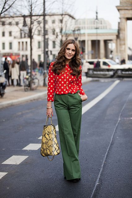 berlin fashion week: Polka Dots, Holidays Outfits, Colors Mixed, Fashion Week, Christmas Theme, Christmas Outfits, Wide Legs, Green Pants, Bold Colors