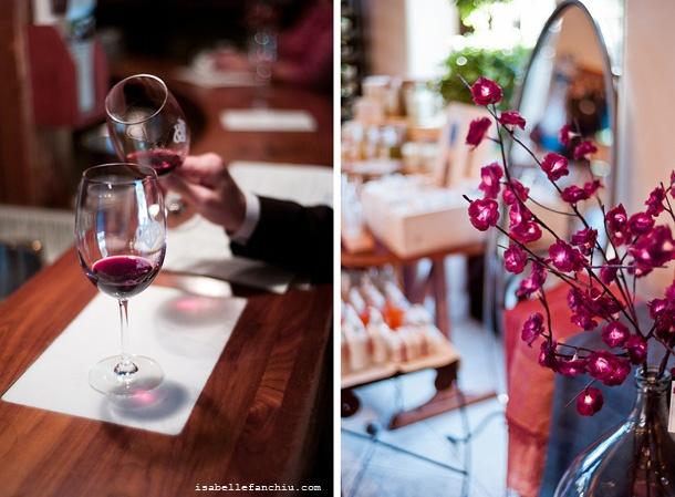 Wine tasting in Sonoma, with Isabelle. Visits Ravens Wood Winery, Bartholomew, Gundlach Bundschu, Chateau St. Jean, Deerfield Ranch
