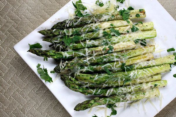 Sauteed Asparagus with Butter and Parmesan. Super quick and easy asparagus recipe- great side dish to chicken, beef, pork or fish!