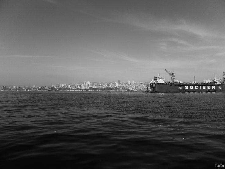 The sea of Valparaiso