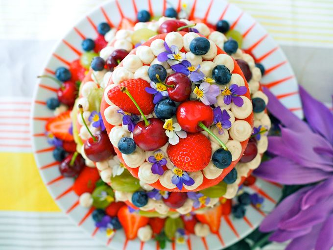 Watermelon cake with coconut frosting from my SuperLemon blog / Karita Tykän vesimelonikakku