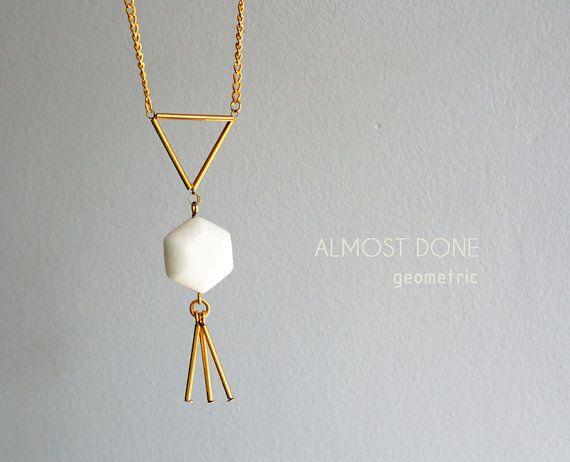 Geometrica collana esagono e triangolo collana oro e di AlmostDone
