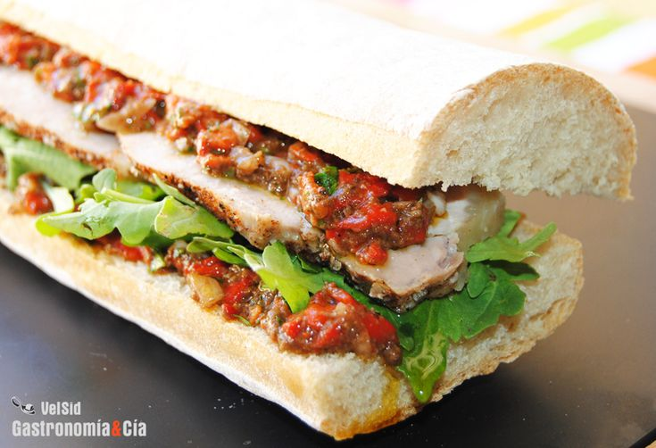 Bocadillo de lomo asado: Sándwich, Sandwiches, Recipe, With Pepper, Loin, Pizza, Bocata, Recetas Bocadillo, Kitchen
