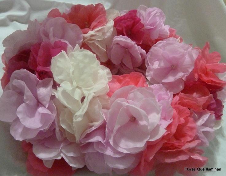 guirnalda de luz con flores en todos los rosas y natural ...