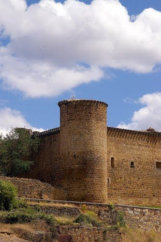Castillo de Valdecorneja, El Barco de Avila, Avila, Castilla y León ...  Spain