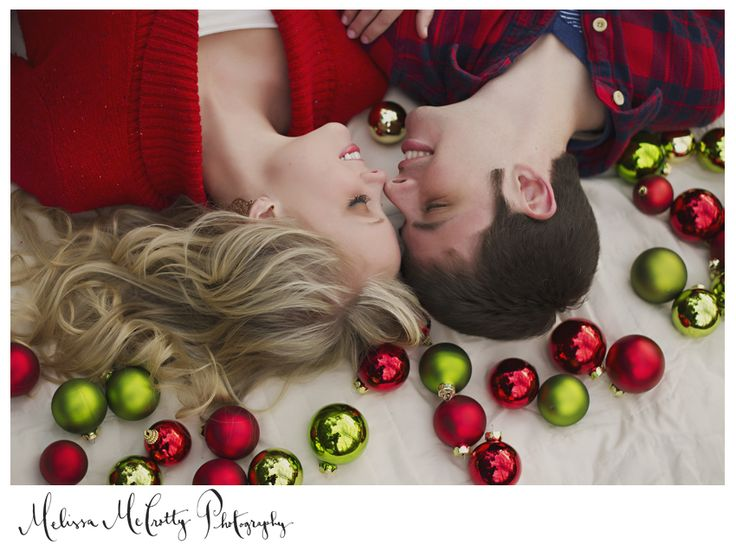 Have Yourself a Merry Little Christmas...gorgeous! love this shot and the couple is adorable..click on it to check out the rest of their pics :)