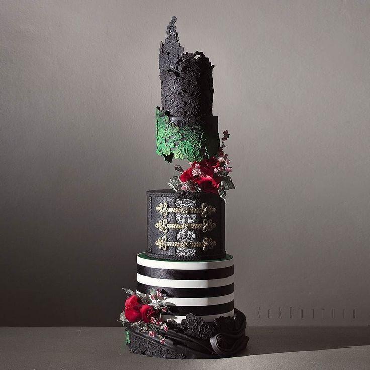 Follow @cake_wedding for amazing cake insp Photo @kekcouture #wedding #weddingcake