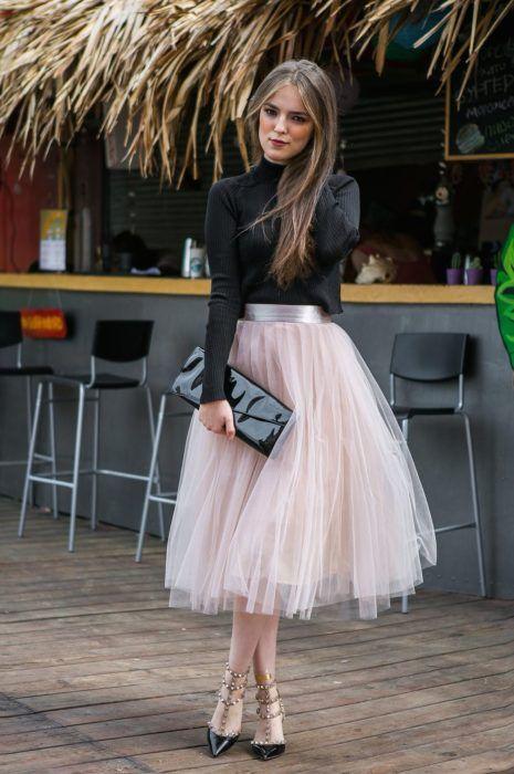 19 Vestidos que son perfectos para lucir en una boda en jardín | Falda de tul, Moda faldas, Ropa de moda