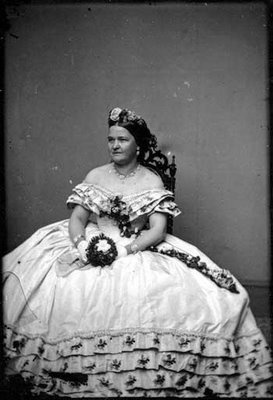 Mary Todd Lincoln 1861 Matthew Brady portrait