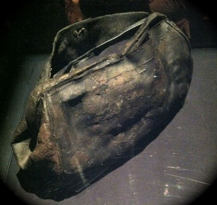 TITANIC - 100-YR OLD LEATHER ARTIFACTS