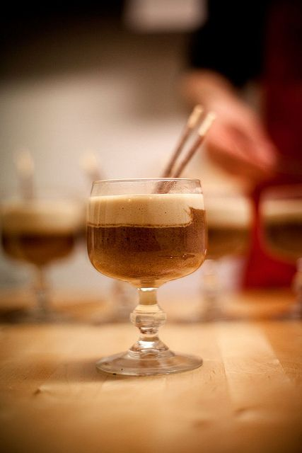chocolademousse met sabayon van rochefortbier by thomas van de water, via Flickr
